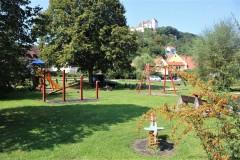 Kinderspielplatz mit Burgblick in Egloffstein